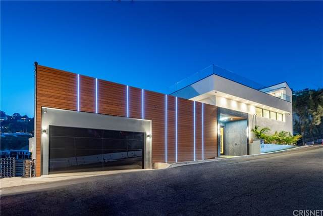 1911 Sunset Plaza Drive, Los Angeles (City), CA 90069 (#SR21204176) :: Wendy Rich-Soto and Associates