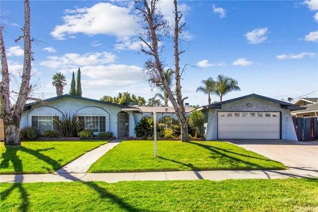 9520 Emerald Avenue, Fontana, CA 92335 (#EV21209912) :: Mainstreet Realtors®