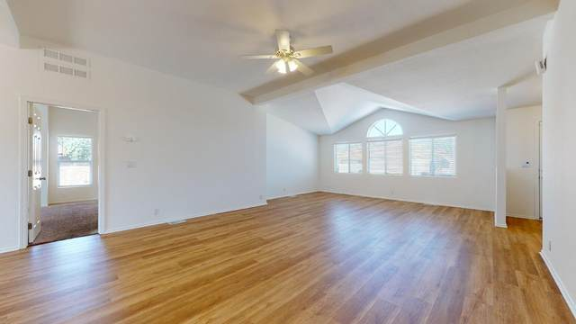 33015 Via De Anza, Cathedral City, CA 92234 (#219067625DA) :: Legacy 15 Real Estate Brokers
