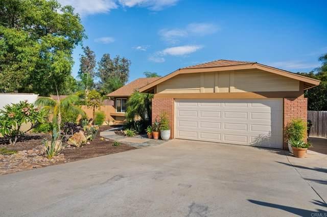 993 La Vonne Avenue, Fallbrook, CA 92028 (#NDP2111023) :: Corcoran Global Living