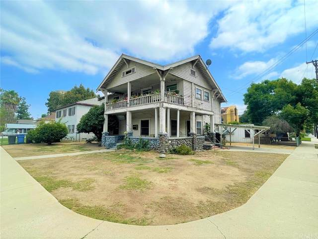 582 W 3rd Street, Pomona, CA 91766 (#CV21210238) :: Corcoran Global Living