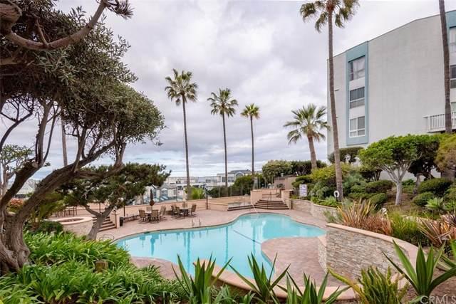 662 The Village, Redondo Beach, CA 90277 (#PV21206057) :: Go Gabby