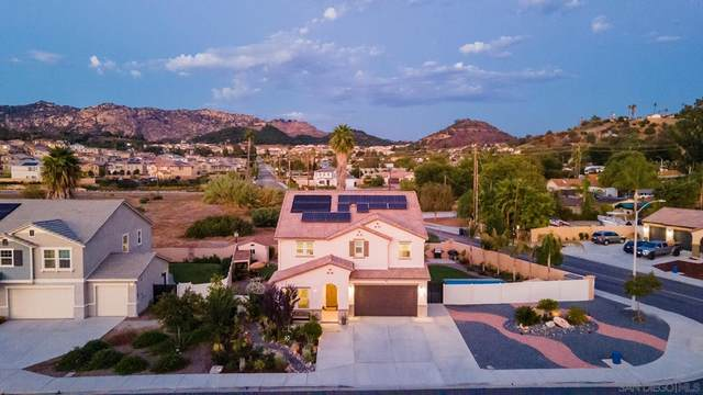 504 Saddle Pl, Escondido, CA 92026 (#210027055) :: Rogers Realty Group/Berkshire Hathaway HomeServices California Properties