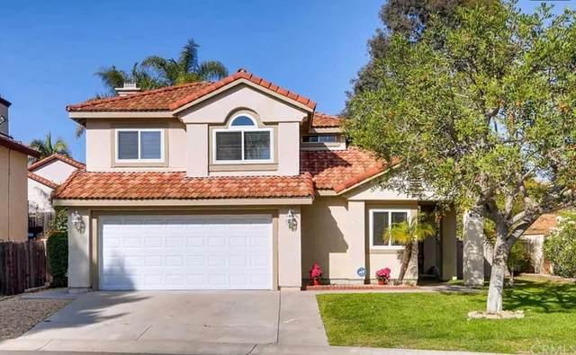 2019 Paseo Cresta, Vista, CA 92084 (#SW21210868) :: Jett Real Estate Group