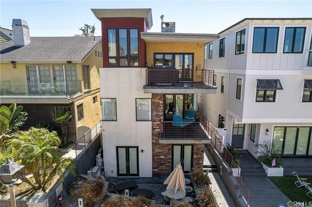 320 20th Street, Manhattan Beach, CA 90266 (#SB21208424) :: Corcoran Global Living