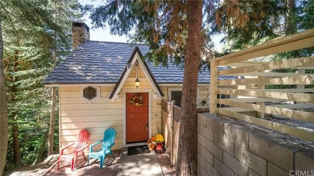 706 Ivy Lane, Lake Arrowhead, CA 92352 (#SW21206390) :: Compass