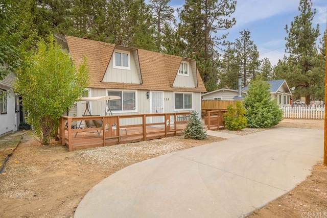728 W Aeroplane Boulevard, Big Bear, CA 92314 (#EV21194639) :: Jett Real Estate Group