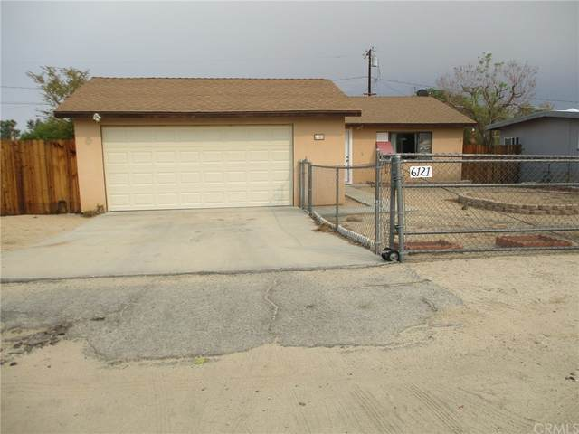 6121 Mojave Avenue, 29 Palms, CA 92277 (#JT21211130) :: Compass