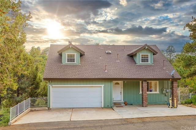 596 Villa Grove Avenue, Big Bear, CA 92314 (#PW21211311) :: Corcoran Global Living