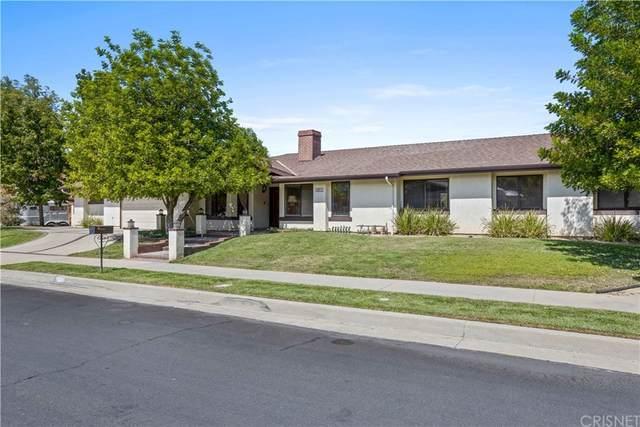 22211 Acorn Street, Chatsworth, CA 91311 (#SR21210125) :: Necol Realty Group