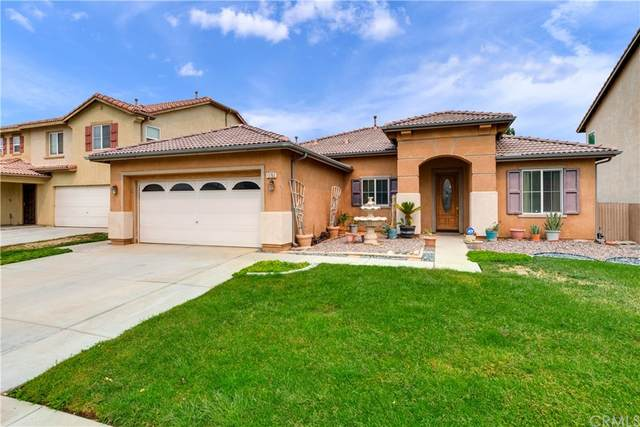 13760 Sahara Lane, Victorville, CA 92394 (#CV21211364) :: Corcoran Global Living