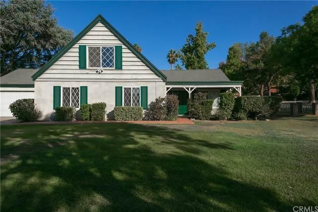 1024 Evergreen Court, Redlands, CA 92374 (#EV21210202) :: Team Forss Realty Group