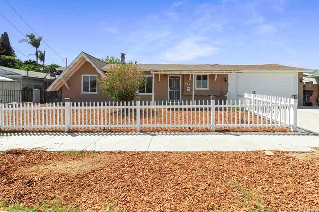 552 Carlsbad Street, Spring Valley, CA 91977 (#210027144) :: Team Tami