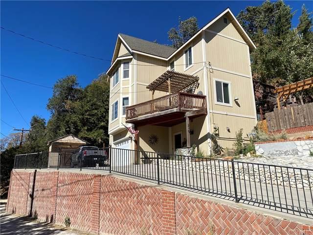 210 Balsam Drive, Cedar Glen, CA 92352 (#SW21211621) :: Compass
