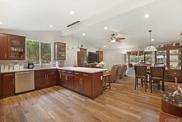 12853 Newton Street, Sylmar, CA 91342 (#SR21210441) :: Corcoran Global Living