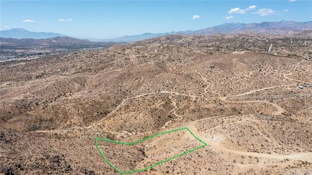 1234 Hilton Avenue, Yucca Valley, CA 92284 (#JT21206032) :: Twiss Realty