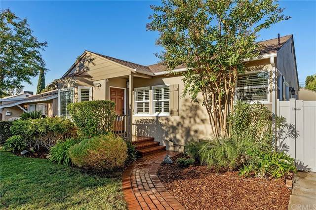 6723 Calhoun Avenue, Van Nuys, CA 91405 (#BB21208703) :: Corcoran Global Living