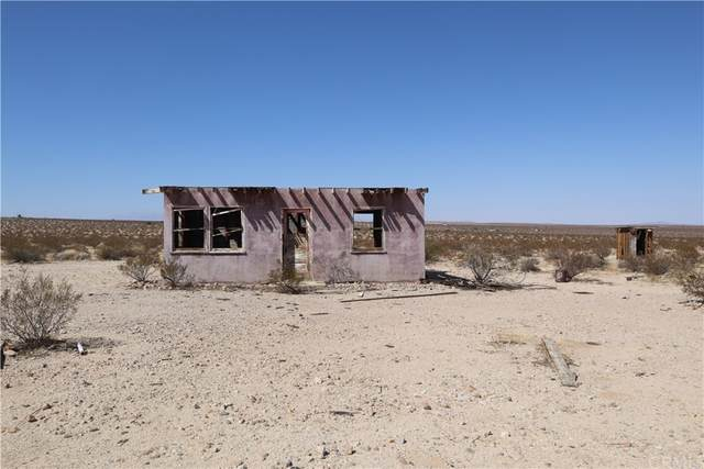 0 Brant Crossing Road, 29 Palms, CA 92277 (#PW21208608) :: Team Forss Realty Group