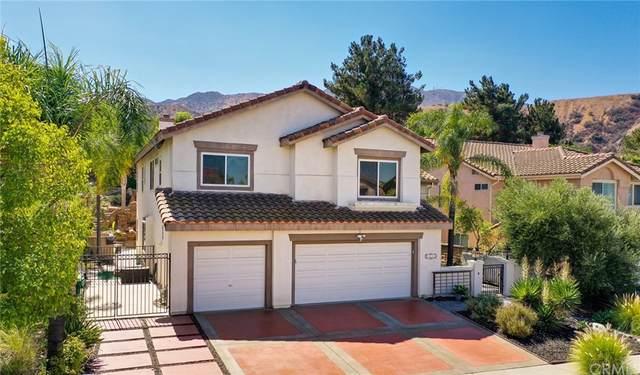 3232 Crystal Ridge Circle, Corona, CA 92882 (#PW21207114) :: Twiss Realty