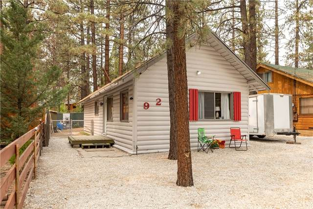 921 Peter Avenue, Big Bear, CA 92314 (#EV21211346) :: Jett Real Estate Group
