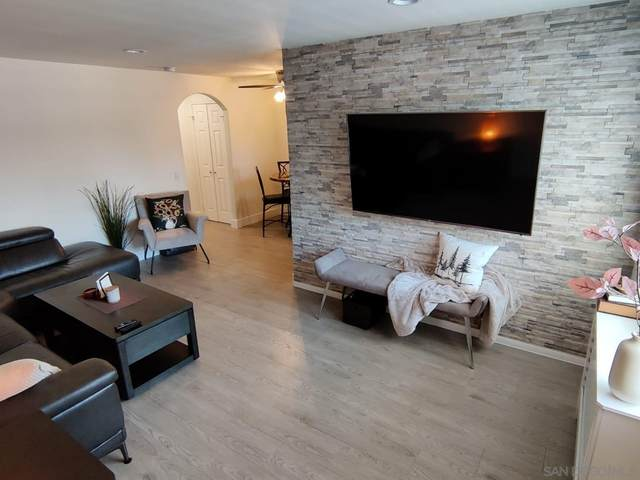 523 Graves Ave #207, 92020 - El Cajon, CA 92020 (#210027217) :: Corcoran Global Living
