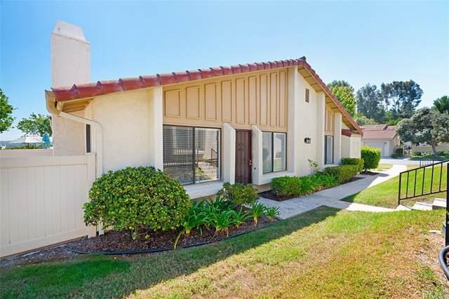 1932 Springdale Lane, Encinitas, CA 92024 (#SW21209473) :: Blake Cory Home Selling Team