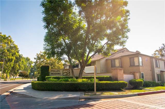74 Town And Country Unit #120 Road, Phillips Ranch, CA 91766 (#CV21208783) :: Corcoran Global Living