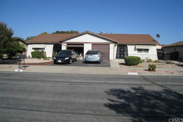 586 Corona Street, Hemet, CA 92545 (#SW21210568) :: Compass
