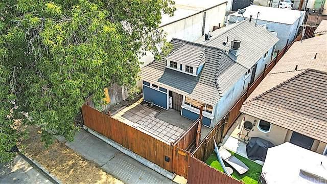 5621 Whitnall, North Hollywood, CA 91601 (#SR21212452) :: Corcoran Global Living