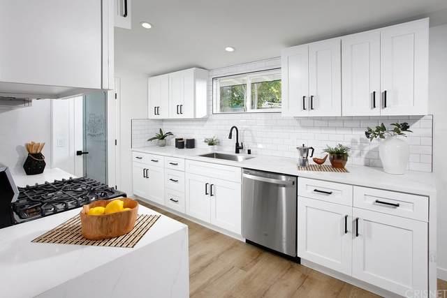 7951 Capistrano Avenue, West Hills, CA 91304 (#SR21208553) :: Corcoran Global Living