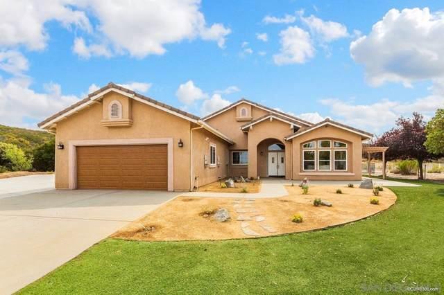 5017 Alpine Blvd., Alpine, CA 91901 (#210027266) :: Jett Real Estate Group