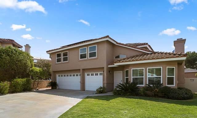 13223 Vista Parque Ct, Lakeside, CA 92040 (#210027274) :: Corcoran Global Living