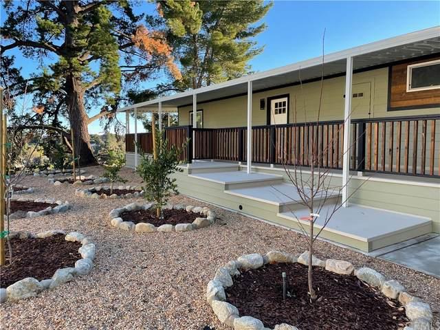 98 Navajo Lane, Topanga, CA 90290 (#IV21212648) :: Team Forss Realty Group
