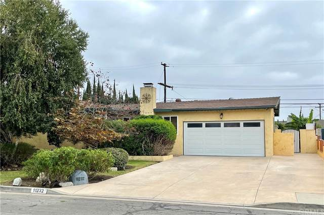 11232 Wakefield Avenue, Garden Grove, CA 92840 (#PW21213533) :: Mint Real Estate