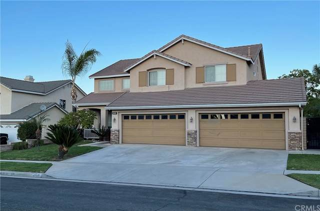 2569 Dakin Drive, Corona, CA 92882 (#OC21213631) :: Corcoran Global Living