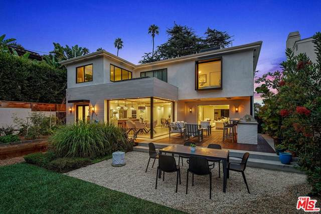 427 Palisades Avenue, Santa Monica, CA 90402 (#21779712) :: The Najar Group