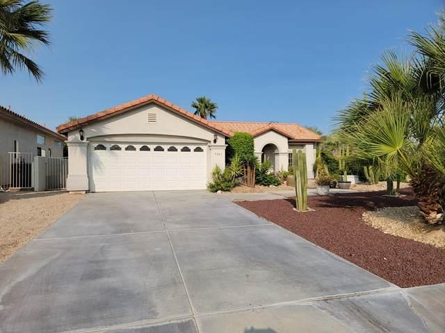 9865 El Rio Lane, Desert Hot Springs, CA 92240 (#219068113DA) :: Zember Realty Group