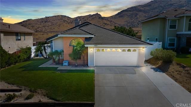22531 Country Gate Road, Moreno Valley, CA 92557 (#IV21214184) :: A|G Amaya Group Real Estate