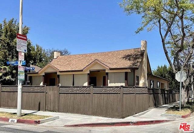 1202 N Detroit Street, West Hollywood, CA 90046 (#21788996) :: Better Living SoCal