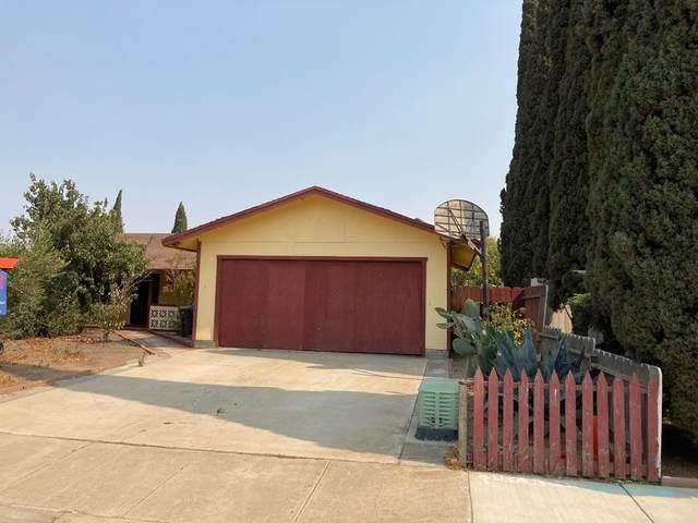 306 Maya Circle, Soledad, CA 93960 (#ML81864595) :: Robyn Icenhower & Associates