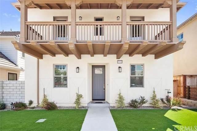 10540 Santa Monica Street, Ventura, CA 93004 (#DW21215470) :: Zutila, Inc.
