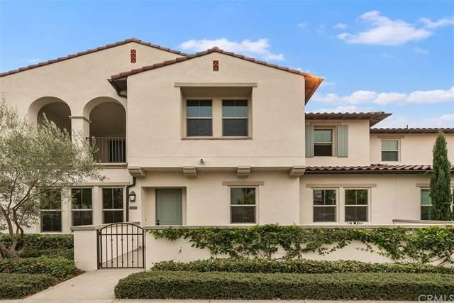 806 Trailblaze, Irvine, CA 92618 (#OC21214396) :: RE/MAX Empire Properties