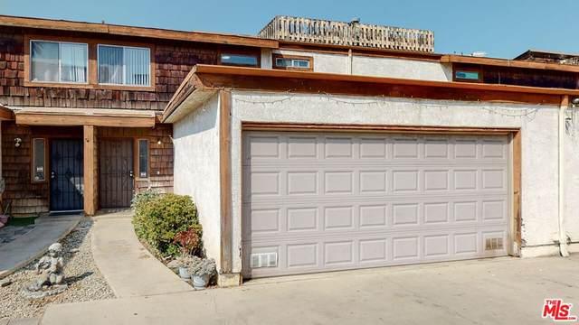 11106 Arminta Street #8, Sun Valley, CA 91352 (#21789260) :: Necol Realty Group