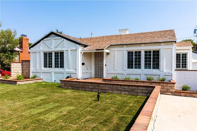 7662 Paso Robles Avenue, Lake Balboa, CA 91406 (#SR21218074) :: Necol Realty Group
