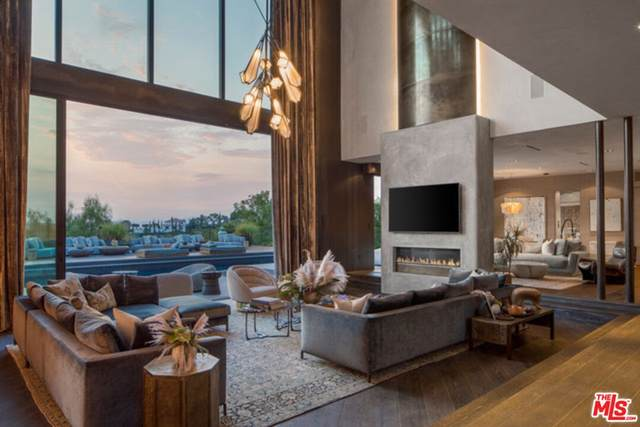 9152 Janice Place, Beverly Hills, CA 90210 (#21788480) :: Compass