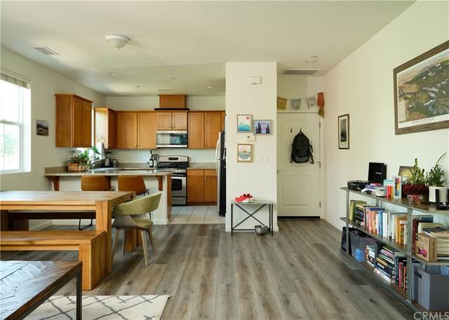 3592 Broad Street #200, San Luis Obispo, CA 93401 (#SC21218818) :: Mint Real Estate
