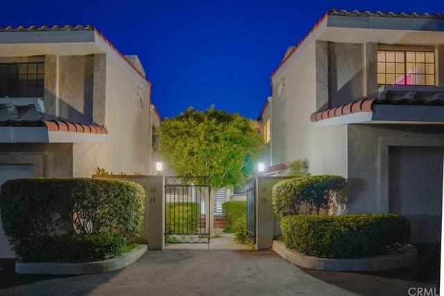 2209 W 25th Street #14, San Pedro, CA 90732 (#PV21219469) :: The Kohler Group