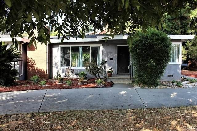 125 N Canon Avenue, Sierra Madre, CA 91024 (#AR21221363) :: The Kohler Group