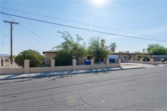 1111 Deseret Avenue, Barstow, CA 92311 (#TR21221445) :: Re/Max Top Producers