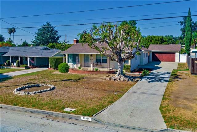 13625 La Cuarta Street, Whittier, CA 90602 (#DW21219826) :: Blake Cory Home Selling Team